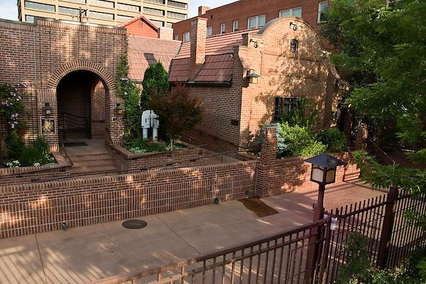 Kirkland Museum, Denver, Colorado, USA John offers private photo tours of Denver, Boulder and Rocky Mountain National Park.