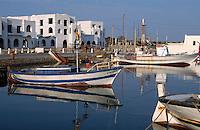 Houmt Souk, Fischerboote im Hafen, Djerba, Tunesien