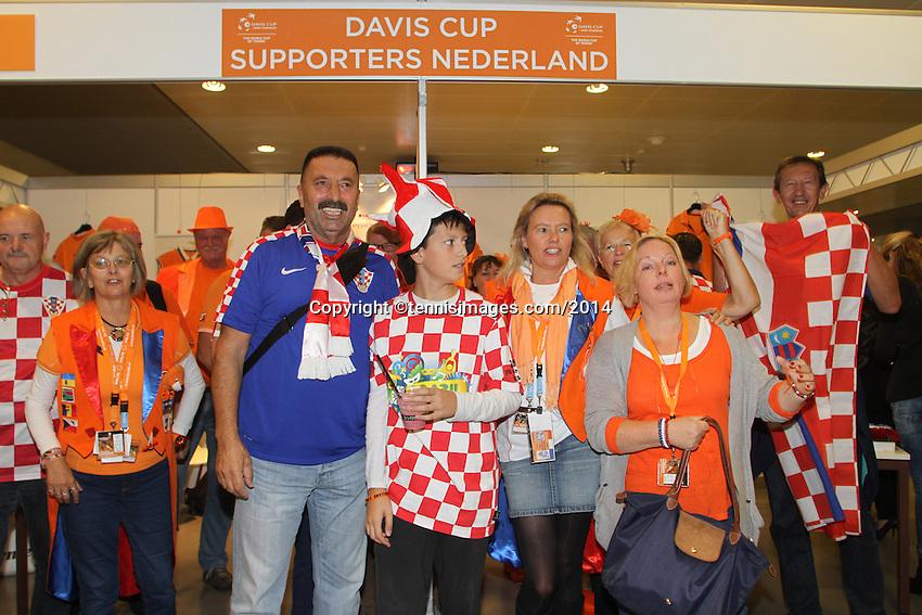 September 14, 2014, Netherlands, Amsterdam, Ziggo Dome, Davis Cup Netherlands-Croatia, Dutch and Croatian fans join together<br /> Photo: Tennisimages/Henk Koster