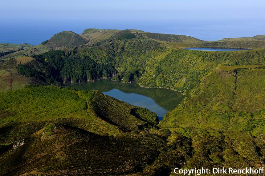 Caldeira Funda und Caldeira Rasa auf der Insel Flores, Azoren, Portugal
