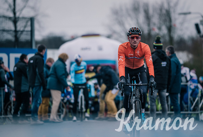 Mathieu van der Poel (NED/Corendon-Circus) is the first rolling to the start-line<br /> <br /> Elite Men's Race<br /> UCI CX Worlds 2018<br /> Valkenburg - The Netherlands