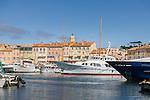 France, Provence-Alpes-Côte d'Azur, Saint-Tropez: marina | Frankreich, Provence-Alpes-Côte d'Azur, Saint-Tropez: der Yachthafen