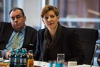Pressegespraech zum NSU-Untersuchungsausschuss II des Deutschen Bundestag.<br /> Am Mittwoch den 17. Februar 2016 luden die stellvertretende Ausschussvorsitzende Susann Ruethrich (SPD) (im Bild) und der Obmann der SPD-Bundestagsfraktion Uli Groetsch zu einem Pressegespraech ueber das weitere Vorgehen im Ausschuss und geplante Zeugenvernehmungen.<br /> 17.2.2016, Berlin<br /> Copyright: Christian-Ditsch.de<br /> [Inhaltsveraendernde Manipulation des Fotos nur nach ausdruecklicher Genehmigung des Fotografen. Vereinbarungen ueber Abtretung von Persoenlichkeitsrechten/Model Release der abgebildeten Person/Personen liegen nicht vor. NO MODEL RELEASE! Nur fuer Redaktionelle Zwecke. Don't publish without copyright Christian-Ditsch.de, Veroeffentlichung nur mit Fotografennennung, sowie gegen Honorar, MwSt. und Beleg. Konto: I N G - D i B a, IBAN DE58500105175400192269, BIC INGDDEFFXXX, Kontakt: post@christian-ditsch.de<br /> Bei der Bearbeitung der Dateiinformationen darf die Urheberkennzeichnung in den EXIF- und  IPTC-Daten nicht entfernt werden, diese sind in digitalen Medien nach §95c UrhG rechtlich geschuetzt. Der Urhebervermerk wird gemaess §13 UrhG verlangt.]