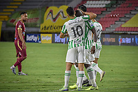 IBAGUE - COLOMBIA, 30-03-2021: Jugadores de Nacional lucen decepcionados después del partido entre Deportes Tolima y Atlético Nacional por la fecha 16 como parte de la Liga BetPlay DIMAYOR I 2021 jugado en el estadio Manuel Murillo Toro de la ciudad de Ibagué. / Players of Nacional look disappointed after match between Deportes Tolima and Atletico Nacional for the date 16 as part of BetPlay DIMAYOR League I 2021 played at Manuel Murillo Toro stadium in Ibague. Photo: VizzorImage / Joan Orjuela / Cont