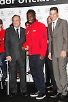 Real Madrid player Michael Essien (c) and the President Florentino Perez participate and receive new Audi during the presentation of Real Madrid's new cars made by Audi at the Jarama racetrack on November 8, 2012 in Madrid, Spain.(ALTERPHOTOS/Harry S. Stamper)