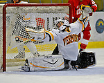 2008-10-25 NCAA: Cornell vs UVM Women's Ice Hockey