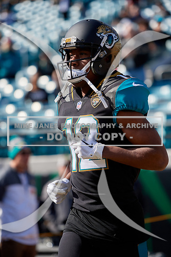 Jacksonville Jaguars Dede Westbrook (12) takes the field for pre-game warmups before an NFL Wild-Card football game against the Buffalo Bills, Sunday, January 7, 2018, in Jacksonville, Fla.  (Mike Janes Photography)