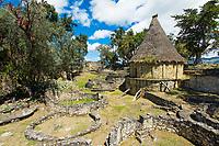 Ruinen von Rundhäuser in der Festung von Kuelap des Volk der Chachapoya, Provinz Luya, Region Amazonas, Peru, Südamerika
