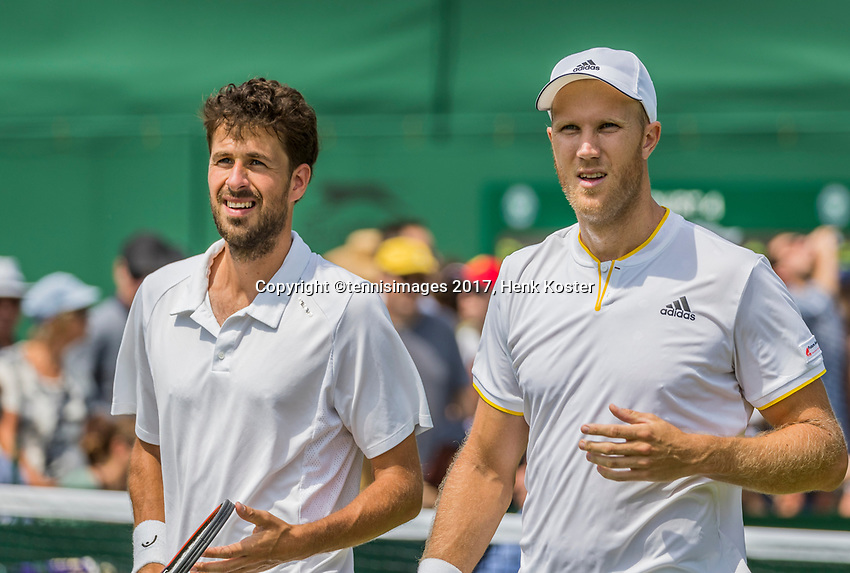 London, England, 6 th July, 2017, Tennis,  Wimbledon, Men's doubles: Robin Haase  (NED) / Dominic Inglot (GBR) (R)<br /> Photo: Henk Koster/tennisimages.com