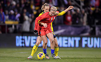 COLUMBUS, OH - NOVEMBER 07: Lindsey Horan #9 of the United States attempts to have past Magdalena Eriksson #6 of Sweden during a game between Sweden and USWNT at MAPFRE Stadium on November 07, 2019 in Columbus, Ohio.