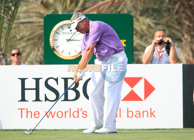 Darren Clarke tees off on the 14th tee during Thusday Day 1 of the Abu Dhabi HSBC Golf Championship, 20th January 2011..(Picture Eoin Clarke/www.golffile.ie)