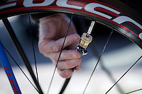checking the tire pressure pre-race<br /> <br /> 55th Vlaamse Druivenkoers 2015