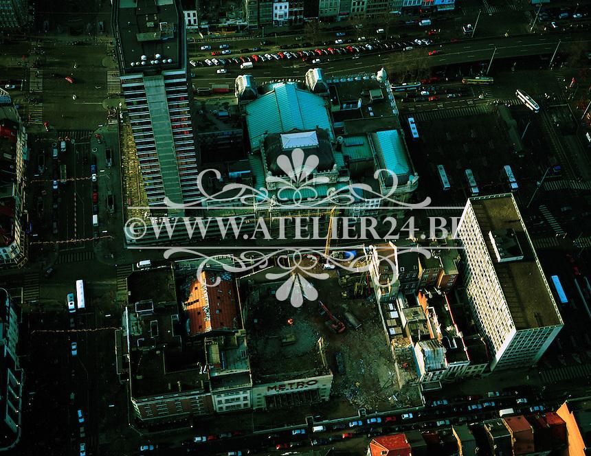 Januari 1996. Bouw van een nieuw cinemacomlex tussen de Rooseveldplaats en de De Keyserlei.