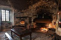 Europe/France/Midi-Pyrénées/32/Gers/Cassaigne: Château de Cassaigne - la Cuisine du XVI ème siècle