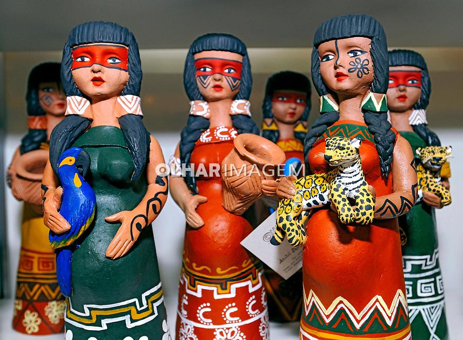 Bonecos de argila. Artesanato matogrossense. MS. Foto de Sergio Amaral.