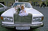 Carro de casamento em Praga. Foto de João Caldas.