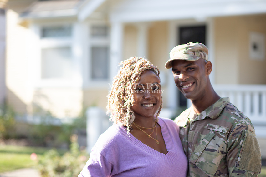 MILITARY COUPLE, MAN IN ARMY UNIFORM, MODEL-RELEASED, DOD-COMPLIANT FOR ADVERTISING MILITARY COUPLE, MAN IN ARMY UNIFORM, MODEL-RELEASED, DOD-COMPLIANT FOR ADVERTISING