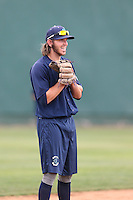 Conner Hale (39) of the Everett AquaSox in the field before a game against the Spokane Indians at Everett Memorial Stadium on July 25, 2015 in Everett, Washington. Spokane defeated Everett, 10-1. (Larry Goren/Four Seam Images)
