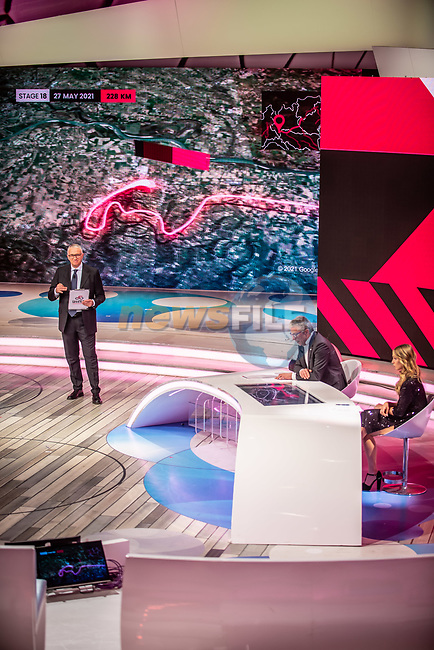 Francesco Pancaldi and Womens Elite Cyclist Letizia Paternoster at the presentation of the 2021 Giro d'Italia Route in the Rai Studios in Corso Sempione, Milan, Italy. 23rd February 2021.  <br /> Picture: LaPresse/Claudio Furlan | Cyclefile<br /> <br /> All photos usage must carry mandatory copyright credit (© Cyclefile | LaPresse/Claudio Furlan)