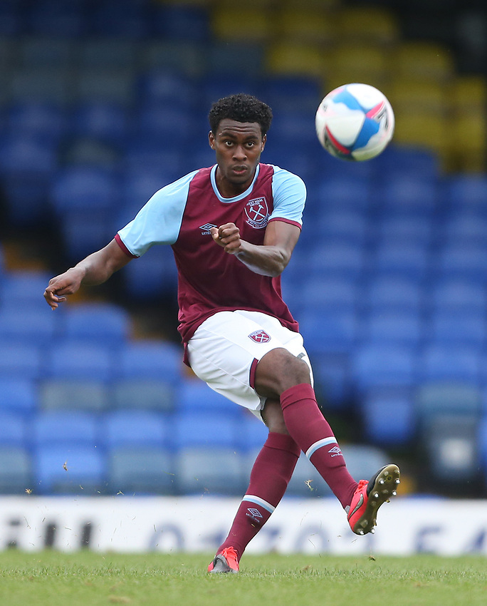 West Ham United's Olatunji Akinola<br /> <br /> Photographer Rob Newell/CameraSport<br /> <br /> EFL Trophy Southern Section Group A - Southend United v West Ham United U21 - Tuesday 8th September 2020 - Roots Hall - Southend-on-Sea<br />  <br /> World Copyright © 2020 CameraSport. All rights reserved. 43 Linden Ave. Countesthorpe. Leicester. England. LE8 5PG - Tel: +44 (0) 116 277 4147 - admin@camerasport.com - www.camerasport.com