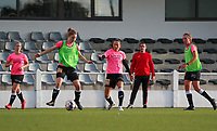 Aalst's players pictured during the warm up before a female soccer game between Oud Heverlee Leuven and Eendracht Aalst Ladies  on the third matchday of the 2020 - 2021 season of Belgian Womens Super League , Sunday 4 th of October 2020  in Heverlee , Belgium . PHOTO SPORTPIX.BE | SPP | SEVIL OKTEM