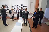 """Ausstellung """"Dialog mit der Zeit"""" im Museum fuer Kommunikation in Berlin-Mitte.<br /> Vom 1. April bis 23. August 2015 werden in der Ausstellung die Facetten des Alters und der Alterns erlebbar gemacht.<br /> Bundespraesident Joachim Gauck (Bildmitte) eroeffnete die Ausstellung am 31. Maerz 2015 mit einem Rundgang und einer Rede zu neuen Altersbildern in einer Gesellschaft des laengeren Lebens.<br /> Rechts: Dr. Liselotte Kugler, Museumsdirektorin.<br /> 31.3.2015, Berlin<br /> Copyright: Christian-Ditsch.de<br /> [Inhaltsveraendernde Manipulation des Fotos nur nach ausdruecklicher Genehmigung des Fotografen. Vereinbarungen ueber Abtretung von Persoenlichkeitsrechten/Model Release der abgebildeten Person/Personen liegen nicht vor. NO MODEL RELEASE! Nur fuer Redaktionelle Zwecke. Don't publish without copyright Christian-Ditsch.de, Veroeffentlichung nur mit Fotografennennung, sowie gegen Honorar, MwSt. und Beleg. Konto: I N G - D i B a, IBAN DE58500105175400192269, BIC INGDDEFFXXX, Kontakt: post@christian-ditsch.de<br /> Bei der Bearbeitung der Dateiinformationen darf die Urheberkennzeichnung in den EXIF- und  IPTC-Daten nicht entfernt werden, diese sind in digitalen Medien nach §95c UrhG rechtlich geschuetzt. Der Urhebervermerk wird gemaess §13 UrhG verlangt.]"""