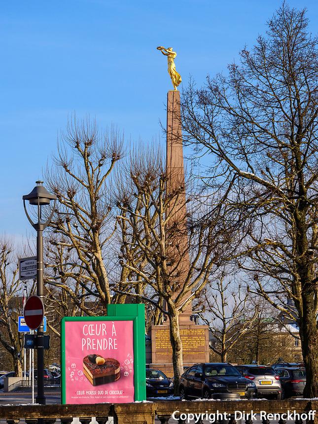 Mahnmal Gëlle Fra auf der Place de la Constitutio, Luxemburg-City, Luxemburg, Europa, UNESCO-Weltkulturerbe<br /> Memorial Gëlle Fra on Place de la Constitutio, Luxembourg City, Europe, UNESCO Heritage Site