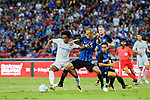 Chelsea Midfielder Willian da Silva (L) fights for the ball with FC Internazionale Defender Joao Miranda (R) during the International Champions Cup 2017 match between FC Internazionale and Chelsea FC on July 29, 2017 in Singapore. Photo by Marcio Rodrigo Machado / Power Sport Images