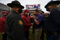 Arkansas head coach Sam Pittman shakes hands with LSU head coach Ed Orgeron, Saturday, November 21, 2020 at the end of a football game at Donald W. Reynolds Razorback Stadium in Fayetteville. Check out nwaonline.com/201122Daily/ for today's photo gallery. <br /> (NWA Democrat-Gazette/Charlie Kaijo)