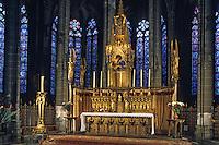 Europe/France/Auverne/63/Puy-de-Dôme/Clermont-Ferrand: La cathédrale Notre-Dame-de-l'Assomption (Architecture gothique) - Maitre autel cuivre 1855