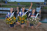 FIERLJEPPEN: BURGUM: 20-09-2019, Keningsljeppen Burgum, Rutger Haanstra (Prins), Sietse Bokma (Koning) Sigrid Bokma (Koningin), ©foto Martin de Jong