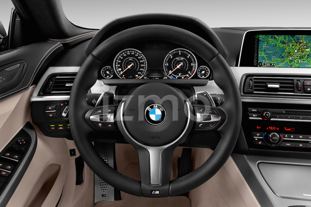 Car pictures of steering wheel view of a 2015 BMW 6 Series M Sport 2 Door Coupe