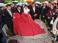 Enthüllung Gedenkstein mit Tafel zur Gründung der SPD vor 150 Jahren in Leipzig. Foto: Norman Rembarz