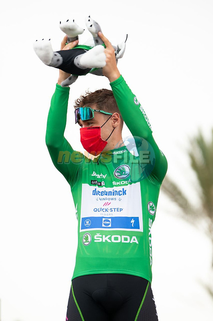 Green Jersey Fabio Jakobsen (NED) Deceuninck Quick-Step at sign on before Stage 10 of La Vuelta d'Espana 2021, running 189km from Roquetas de Mar to Rincón de la Victoria, Spain. 24th August 2021.     <br /> Picture: Cxcling   Cyclefile<br /> <br /> All photos usage must carry mandatory copyright credit (© Cyclefile   Cxcling)