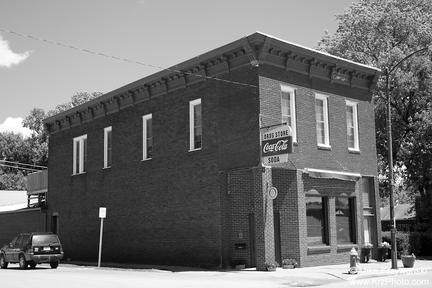 Historical Building, Brookfield, MO