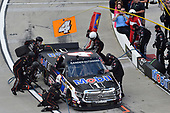#4: Todd Gilliland, Kyle Busch Motorsports, Toyota Tundra Mobil 1, makes a pit stop