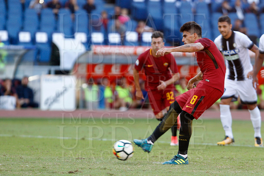 Calcio, Serie A: Roma vs Udinese. Roma, stadio Olimpico, 23 settembre 2017.<br /> Roma's Diego Perotti fails to score on a penalty kick during the Italian Serie A football match between Roma and Udinese at Rome's Olympic stadium, 23 September 2017. Roma won 3-1.<br /> UPDATE IMAGES PRESS/Riccardo De Luca