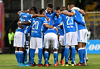 BOGOTA - COLOMBIA -25 - 11 - 2017: Los jugadores de Millonarios, durante partido de ida entre La Equidad y Millonarios, de los cuartos de final la Liga Aguila II - 2017, jugado en el estadio Metropolitano de Techo de la ciudad de Bogota. / The players of Millonarios, during a match for the first leg between La Equidad and Millonarios, for to the quarter of finals for the Liga Aguila II - 2017 at the Metropolitano de Techo Stadium in Bogota city, Photo: VizzorImage / Luis Ramirez / Staff.