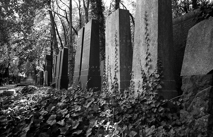 berlino, cimitero ebraico --- berlin, jewish cemetery