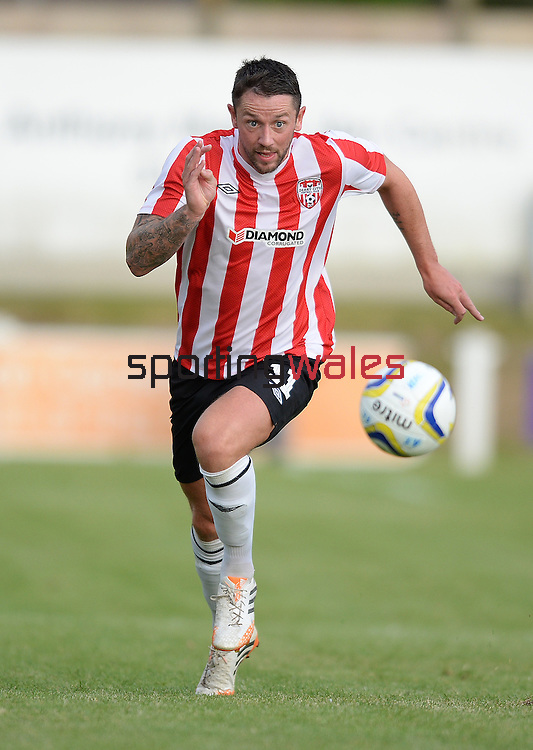 10 July 2014; Rory Patterson, Derry City, in action against Aberystwyth Town. UEFA Europa League First Qualifying Round, Second Leg, Aberystwyth Town v Derry City. Park Avenue, Aberystwth, Wales. Picture credit: Ian Cook / SPORTINGWALES
