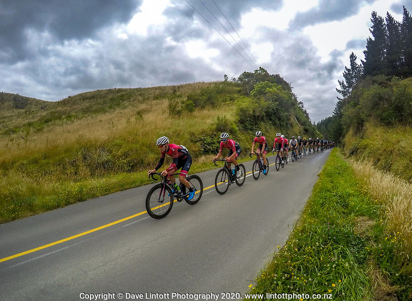 The St George Continental team on day one of the NZ Cycle Classic UCI Oceania Tour in Wairarapa, New Zealand on Wednesday, 15 January 2020. Photo: Dave Lintott / lintottphoto.co.nz