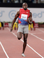 Il giamaicano Usain Bolt vince i 100 metri uomini durante il Golden Gala di atletica leggera allo stadio Olimpico di Roma, 31 maggio 2012..Jamaica's Usain Bolt runs to win the men's 100 meters during the IAAF athletic Golden Gala meeting at Rome's Olympic stadium, 31 may 2012..UPDATE IMAGES PRESS/Riccardo De Luca