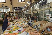 France, Pas-de-Calais (62), Côte d'Opale, Le Touquet: Le marché , étal d'un poissonnt), Le Touquet: the market , fishmonger stall