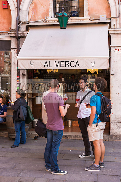 Italie, Vénétie, Venise: Bacaro, Bar à Cicchetti, Bar à vin: Al Merca, Campo Bella Vienna 213, San Polo  // Italy, Veneto, Venice:
