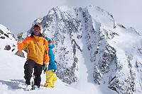 CMH - Steep Camp 2009 - Ski extrème en couloir - Full tilt - 3000 m - Long 1500 m - Face ouest - Mont Chamberlain - 45° - CMH - Colombie Britanique, Canada, Amérique du Nord, North America