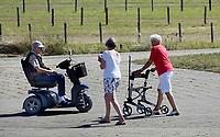 Nederland  IJmuiden aan Zee - 2019.  Senioren in IJmuiden.  Foto Berlinda van Dam / Hollandse Hoogte