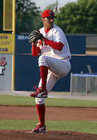 June 27, 2003:  pitcher Darin Naatjes of the Batavia Muckdogs during a game at Dwyer Stadium in Batavia, New York.  Photo by:  Mike Janes/Four Seam Images