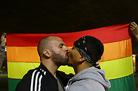 17.05.2018 - Beijaço contra homofobia no Masp em SP