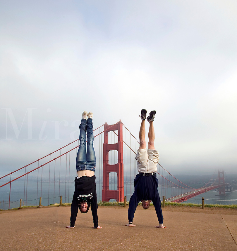 Tourists at the Golden Gate Bridge in San Francisco. MR.