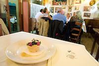 Un dolce all'Osteria Oliva Nera a Venezia.<br /> Cake at the Osteria Oliva Nera, in Venice.<br /> UPDATE IMAGES PRESS/Riccardo De Luca